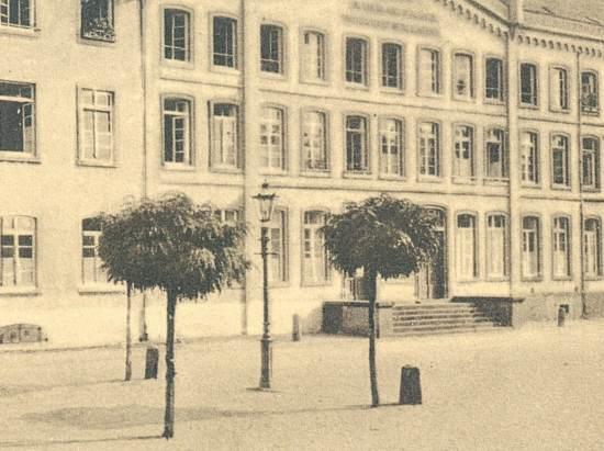 1900(ca)KaiserswertherMarkt(5)