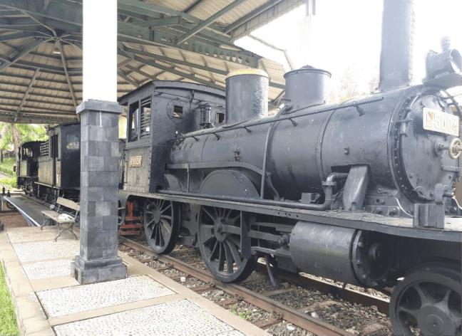 kereta api di museum