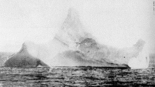 Linoenewald's photo of the iceberg that sunk the Titanic