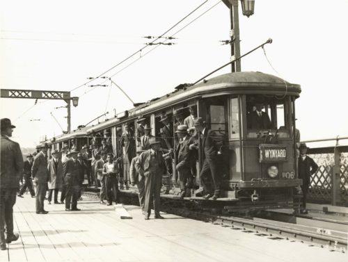 A Sydney 'O Class' tram