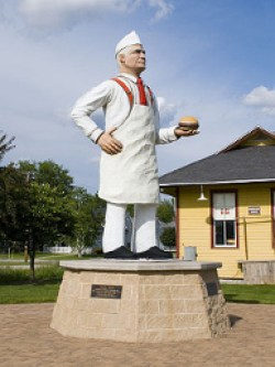 A statue of Charlie Nagreen, possible inventor of the hamburger