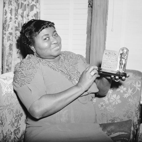 Hattie McDaniel with her Oscar