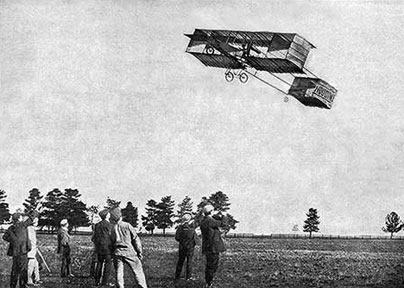When Houdini Came to Melbourne: Houdini flies in his plane
