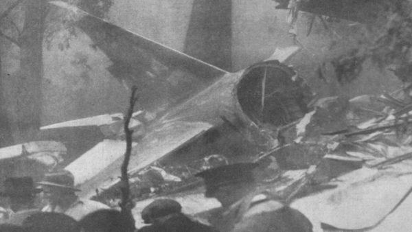 Plane crash on Mount Dandenong, crash wreckage