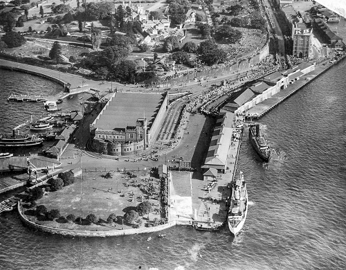 Before the Sydney Opera House: Fort Macquarie tram depot shortly before demolition