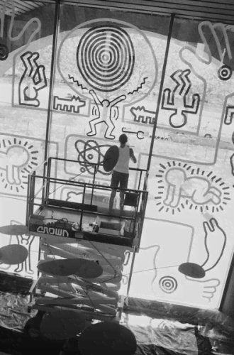 Keith Haring paints the waterwall, at the NGV.