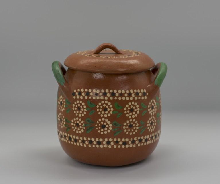 """Lidded """"bean pot"""", ca. 1960 – 1980. Tlaquepaque, Jalisco"""