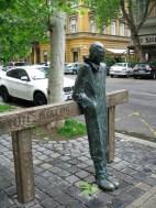 Milos_Budapest