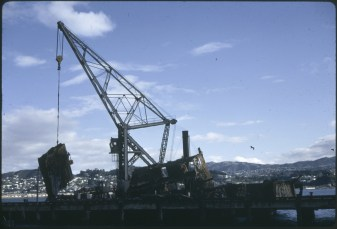 Floating Crane Hikitia lifting part of the TEV Wahine