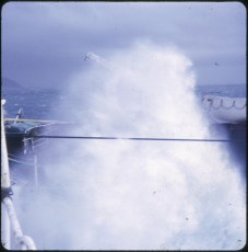 Heavy sea during the TEV Wahine salvage