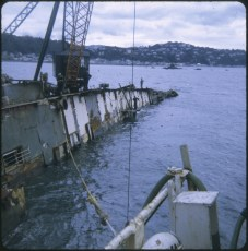 Salvage work aboard the TEV Wahine wreck