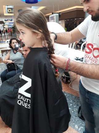 head_shave_mall_of_cyprus (18)