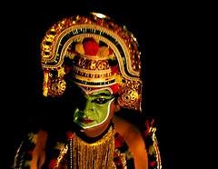 Ottamthullal, danza suggestiva del Kerala