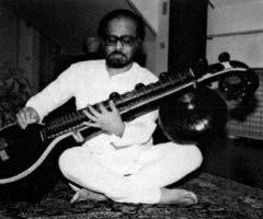 Sri Vemu Mukunda, yoga del suono