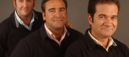 A-Dos-Velas-Romero-Cuco-y-Manolo-426×188