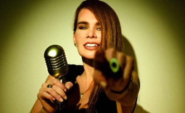 Maria-Rivas-30-Años-Cantando-Para-ti-2-590×362