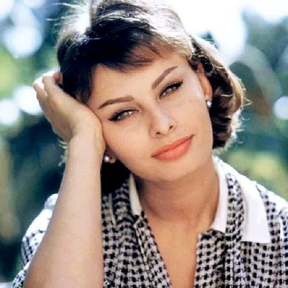 sophia-loren-weekend-makeup-590×590