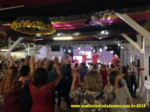 13/10/2018 – CASAMENTO ROSANA E ROGERIO – SOC.13 DE MAIO – BLUMENAU-SC