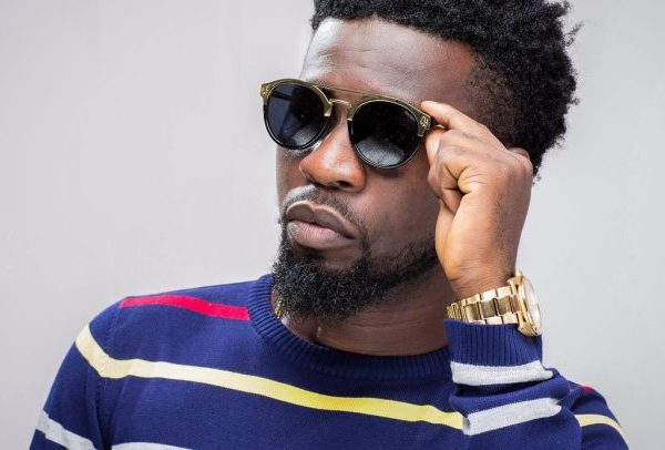Bisa Kdei Goes Wild; Says The Media Is Fake