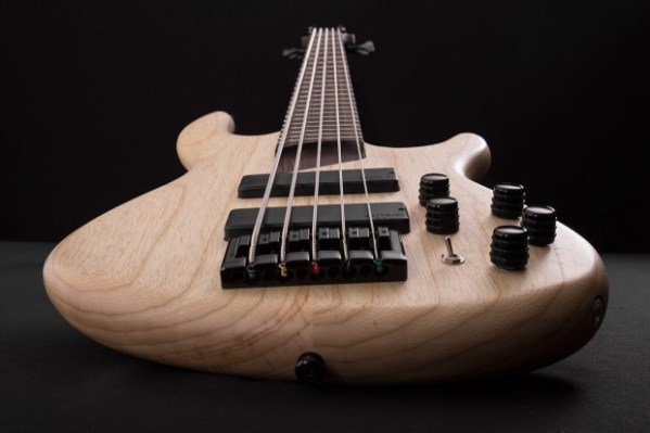 Cort-B5-Plus-AS-Bass-Bridge-View-620×413
