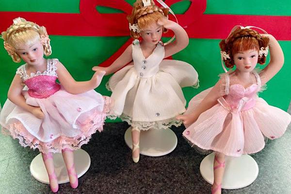 Ballet Figurines
