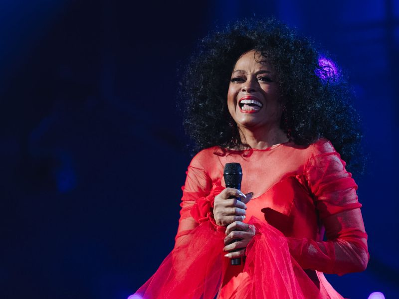 diana-ross-glastonbury-2020-legends-slot