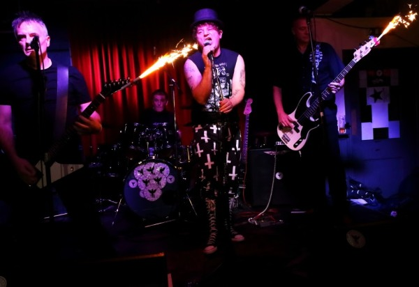 The Budgie Smugglers at The Donkey, 24th September 2016. Photo: Kevin Gaughan.