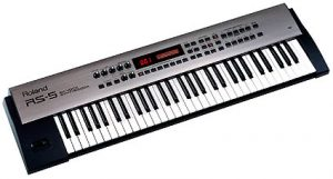 keyboard Roland RS5