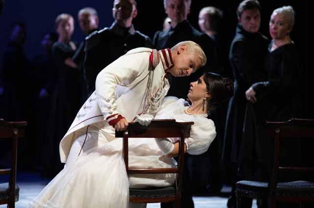 Anton Bochkaryov & Julietta Avanesyan
