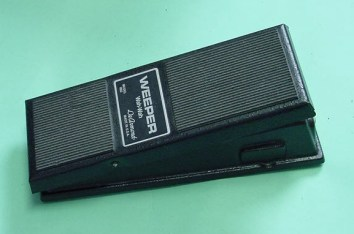 Model 1802 Weeper Wah-Wah pedal, requires integral 9V battery driving a printed circuit-board