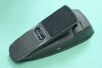 Model 610 Combination volume & tone control pedal.