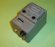 Model 60B Tremolo pedal, requires 110V 60Hz electrical supply