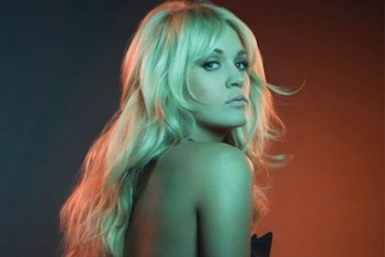carrie underwood featured111