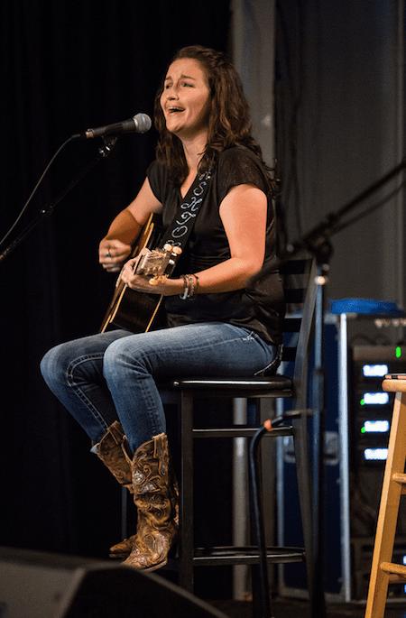 Ashton Shepherd performs. Photo: Bev Moser