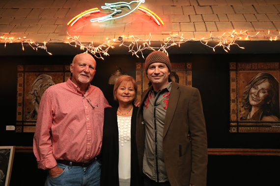 Pictured (L-R): Tommy and Joyce Stephenson with son Ray Stephenson. Photo: Moments By Moser Photography