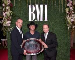 Bobby Karl Works The Room: 2016 BMI Country Awards