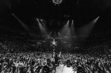 Dierks Bentley Comes Full Circle At Triumphant Bridgestone Arena Show