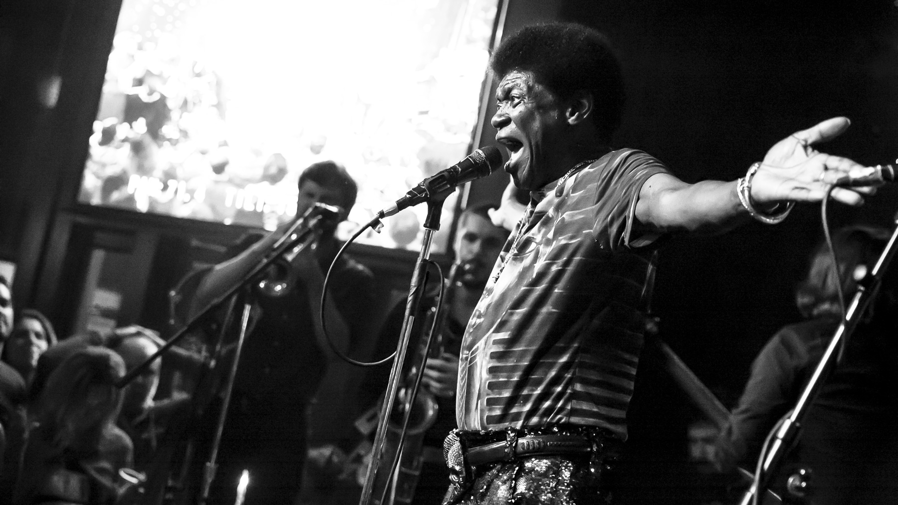 5K1A0081-charles-bradley-bluescafe-hero