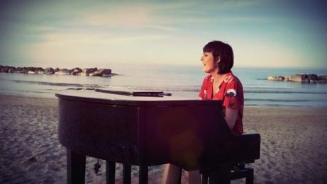 """Elena Sanchi: """"Sulla mia pelle"""" in anteprima esclusiva su TRAKS!"""