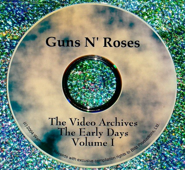 "GUNS n ROSES ""The Early Days"" The Video Archives 1988-2000 Volume I"