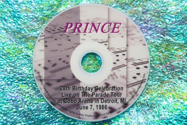 Prince's 28th Birthday Live at Cobo Arena, Detroit, MI June 7, 1986 (with Bonus Material)