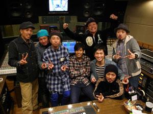 【写真】ET-KINGがKを招へい(2010年12月4日)