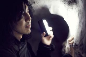 【写真】菊地英昭がソロミニアルバム発売(2012年5月1日)