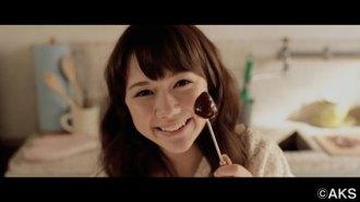 <写真>動画投票対決で1位に輝いたHKT48村重杏奈