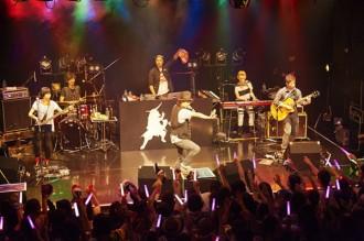 ハジ→初の生バンドライブツアー開幕
