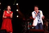 ツアーファイナルで共演が実現した冬ソングの女王・広瀬香美と、夏ソングの貴公子のTUBE