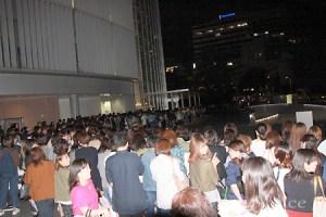 香取慎吾「スマステ」最終回、局前で待つファンに挨拶も