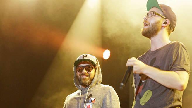 """Kennen sich schon länger aus der Branche: Sido und Mark Forster, hier bei """"Stars For Free"""" in der Kindl-Bühne Wuhlheide in Berlin am 30. August 2014"""