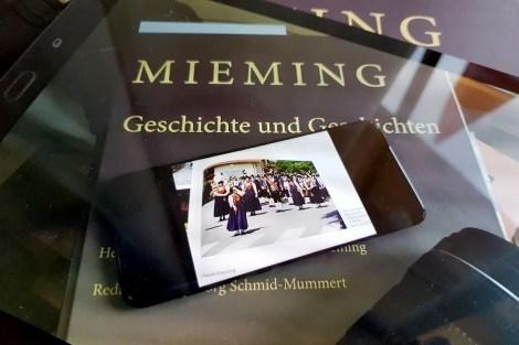 Musikkapelle Mieming im Dorfbuch, Foto: Knut Kuckel