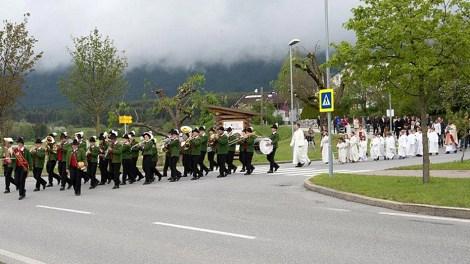 """Hl. Erstkommunion 2014 in Barwies - """"Ich habe Post für Gott"""", Foto: Martin Stricker, Polling"""